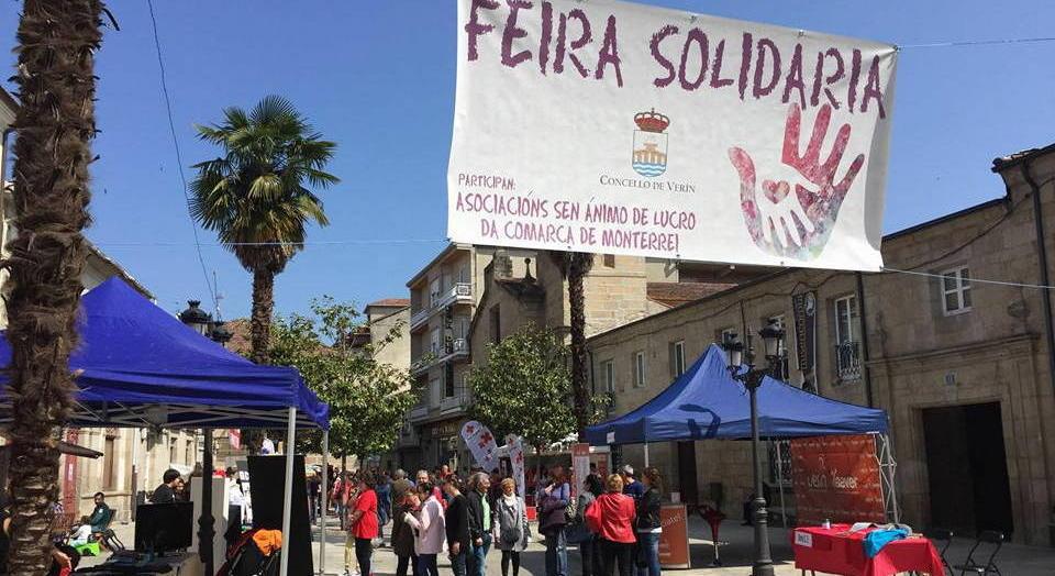 Feira solidaria en Verín